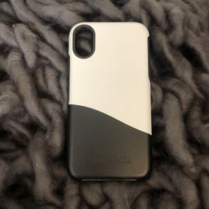 BRAND NEW! Otter box Symmetry for IPhone X/Xs